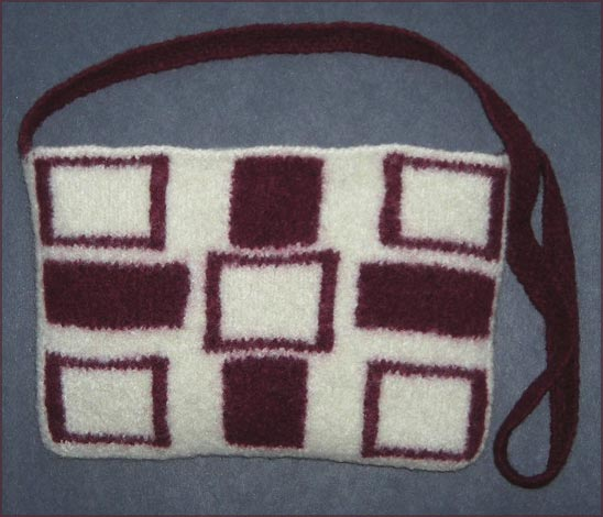 Geometric Intarsia Felted Bag knitting pattern